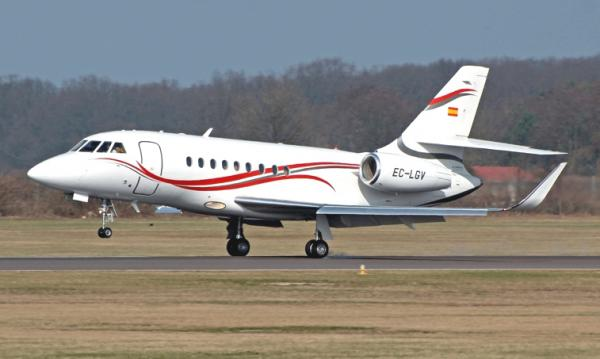 The Dassault Falcon 2000 is a French Business jet complete with a twin-engine and transcontinental range. The Falcon 2000 LX is famed for its ability to land at over 90% of its maximum takeoff weight. Two seats can fold down flat, to enable comfortable napping in bedlike form. A wide variety of interior decorating options are available – for example, there are eighteen different metal finishes to choose from just for the bathroom sink alone as well as a stand-up lavatory and 134 cubic feet of accessible bag