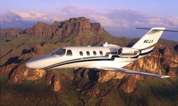 The CJ1 is the second generation of the extremely successful Citation Jet series. It comes with all of the advantages that the original Citation Jet offered, but with improvements in economy and performance. Its status as the second generation Citation gives the advantage of using a private jet design that has been tested and modified to exceed the success of the first model – the Citation Jet.